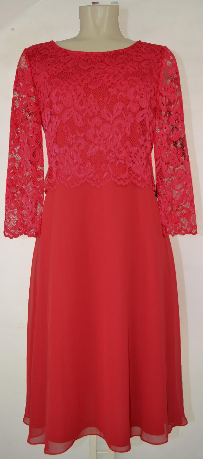 Mittellanges Abendkleid von Vera Mont mit Spitze in rot ...