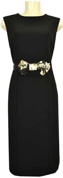 Mittellanges schwarzes Etui Kleid