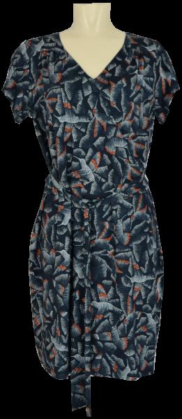 Sommerliches Bändchen Kleid mit floralem Druck-