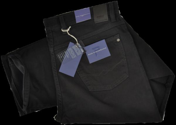 Bequeme Jeans in schwarz