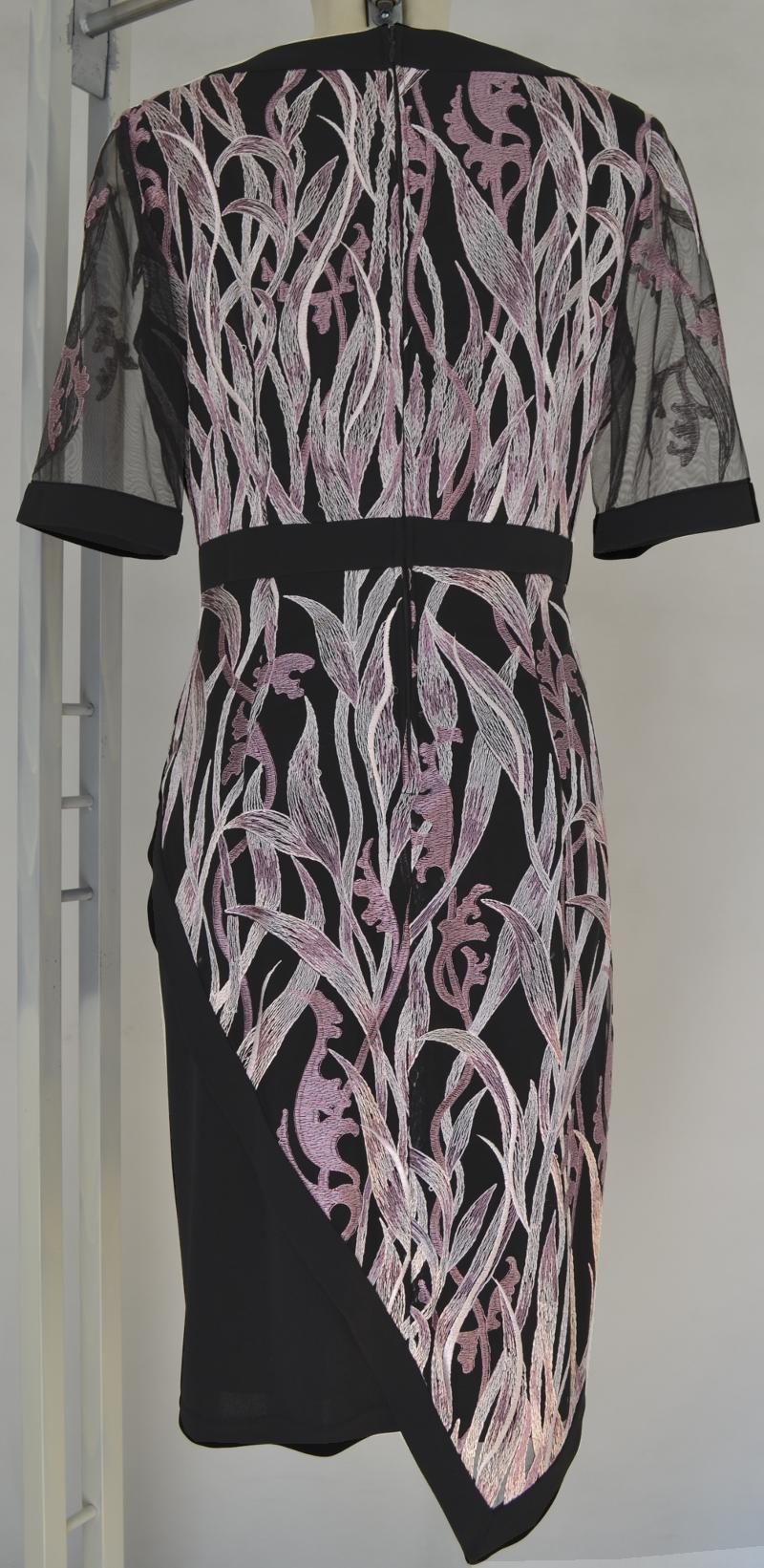 Elegantes Kleid von HERMANN LANGE in rosenholz-schwarz ...
