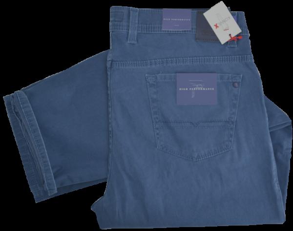 Leichte Kurzleib Jeans in mitel blau
